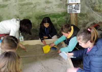 scavo scuola archeologico