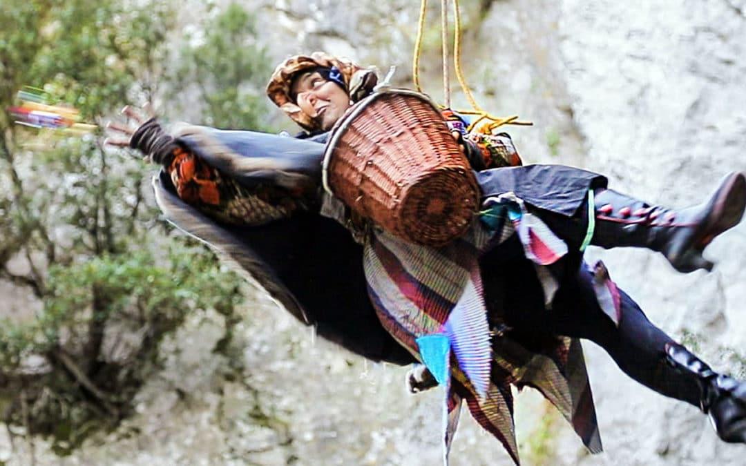 Piovono Befane! 2019 V° Epifania vivente e acrobatica in grotta. Le immagini